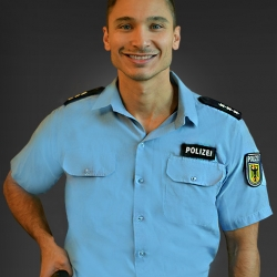 stripper-brandenburg-polizei